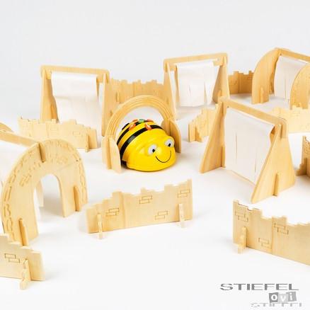 Cursa cu obstacole pentru Bee-Bot