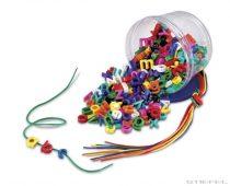 Jucărie cu dantelă- litere mici